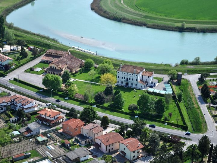 Hotel in city Caorle