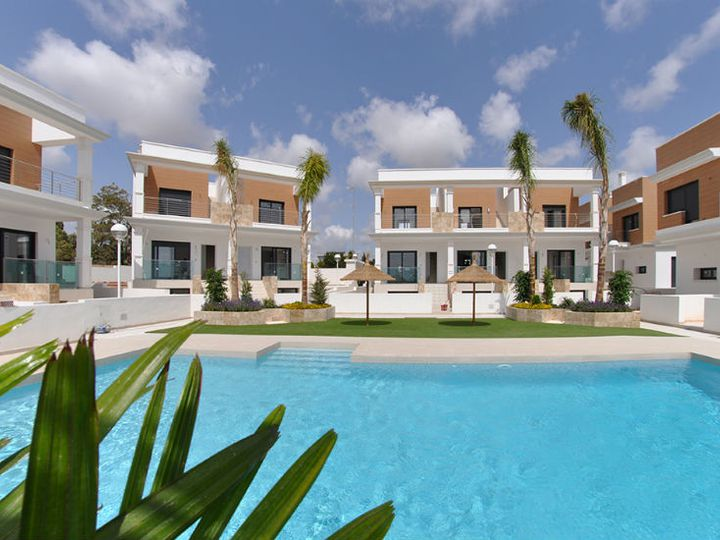 Townhouse in city Alicante
