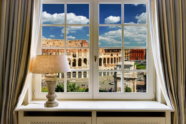 Eternal joy of watching to the Eternal City - from your window!