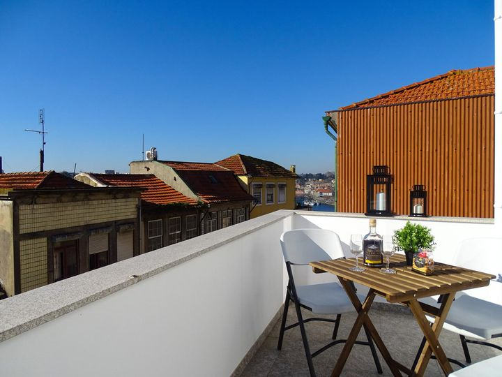 Apartment house in city Vila Nova de Gaia