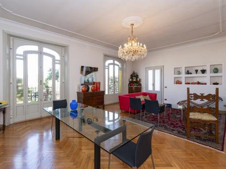 Apartment in city Varese