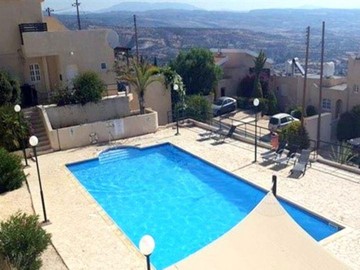 Townhouse in city Pissouri