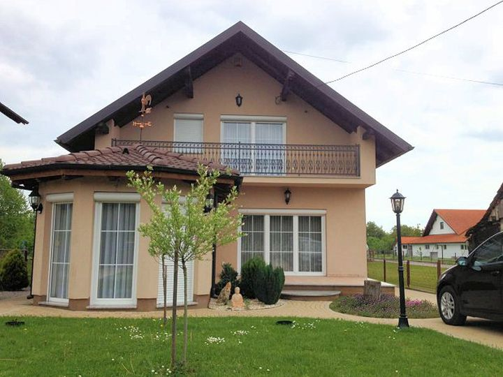 Detached house in city Zagreb