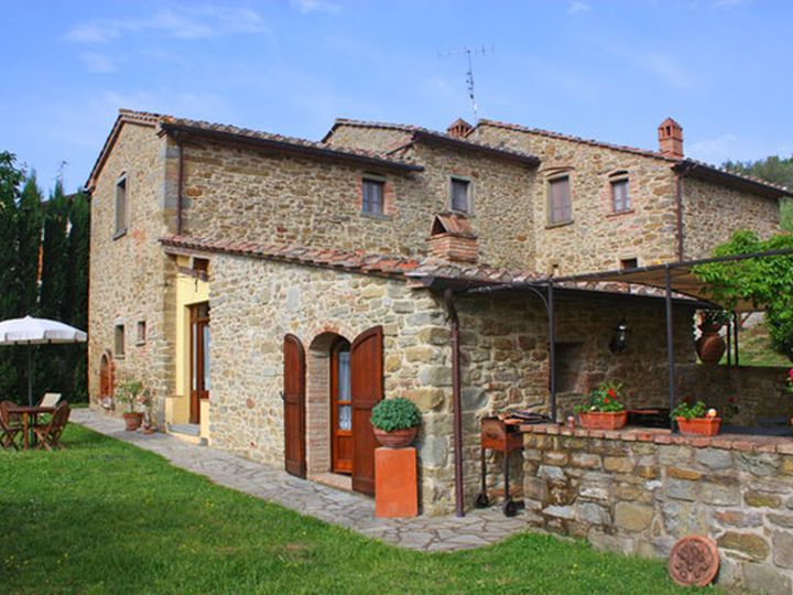 Detached house in city Cortona