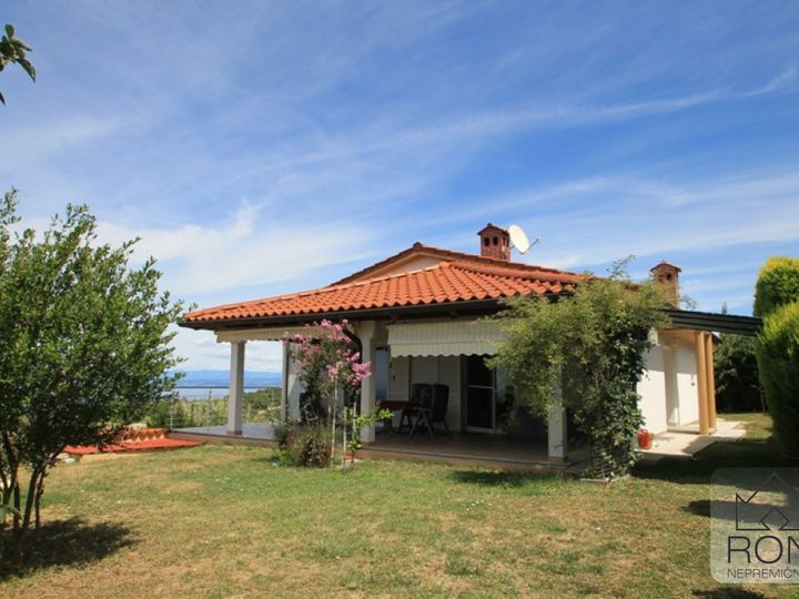 Detached house in city Malija