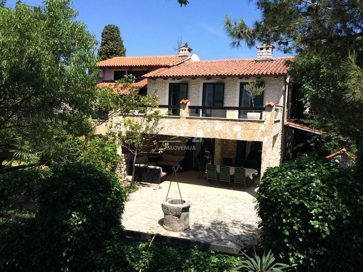 Villa in city Rovinj