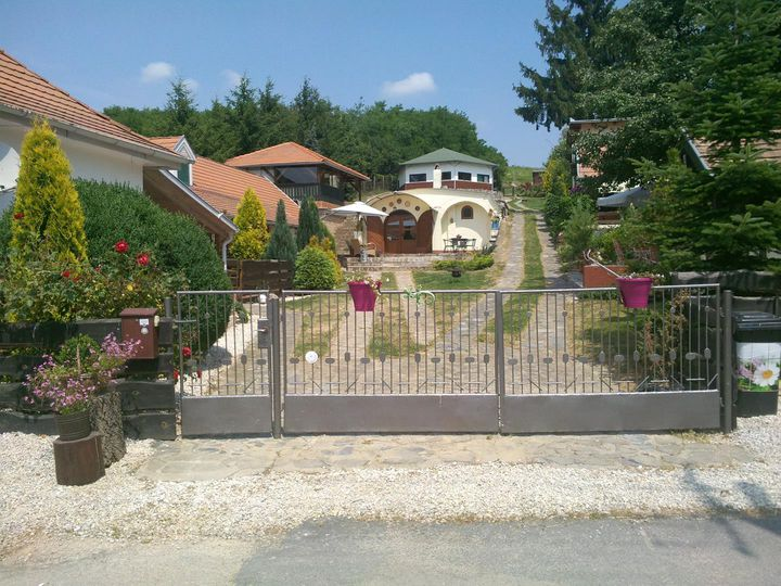 Detached house in city Zalacsany