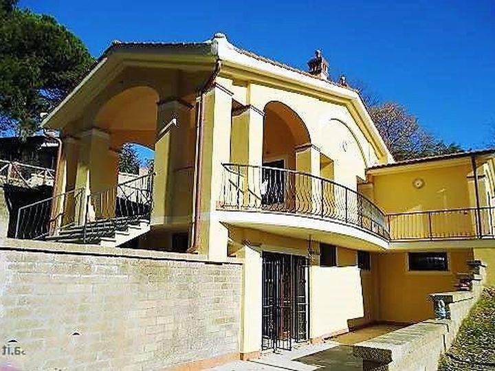 Detached house in city Manziana