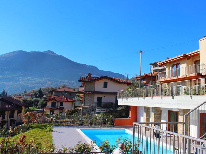 Apartment in city Riva di Solto