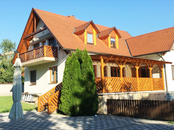 House in city Balatongyörök