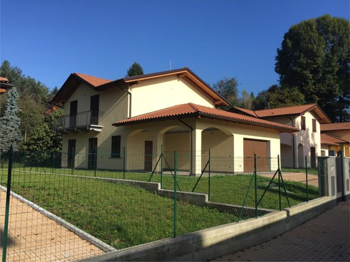 Villa in city Bardello