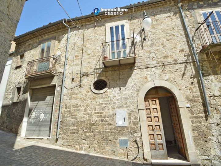 Townhouse in city Palata