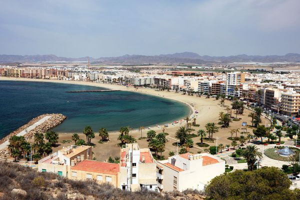 The Costa Cálida attracts more foreign property buyers