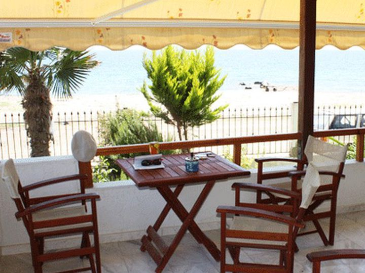 Townhouse in city Sithonia