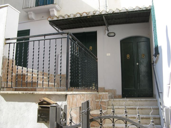 Semi-detached house in city Torre de'Passeri