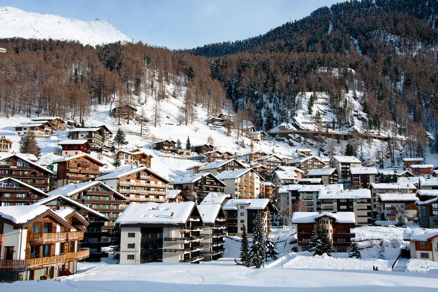 In Switzerland is the highest in Europe rate of income tax from property rent