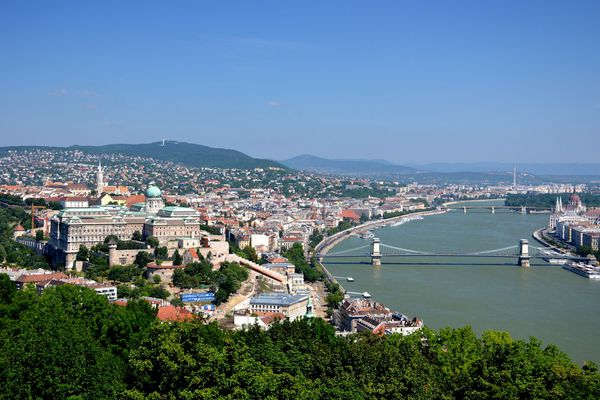 The cheapest sq.m in Hungary is worth in 117 times less than the most expensive one