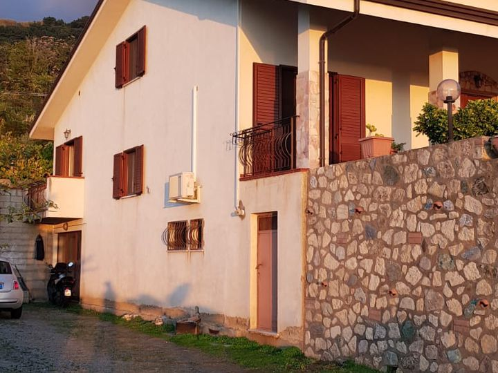 Villa in city Paola