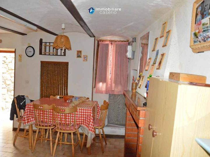 Townhouse in city Palmoli