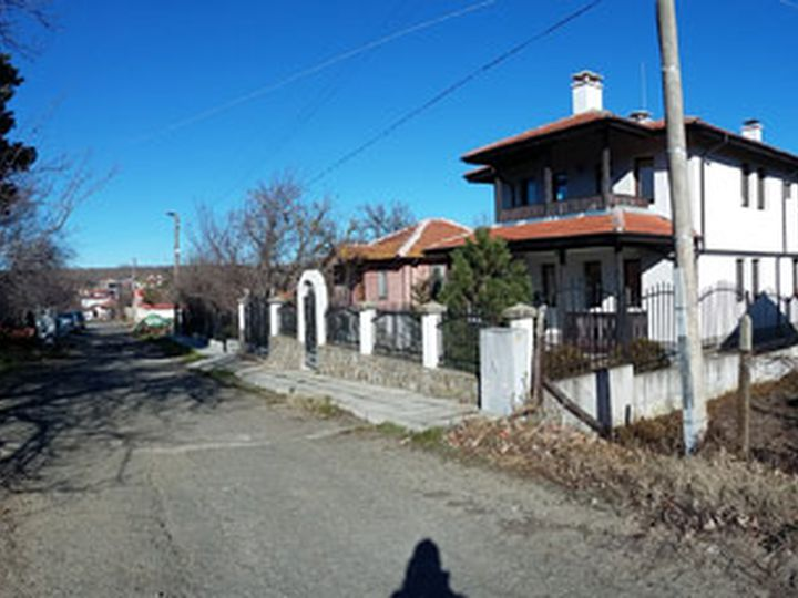 Detached house in city Lozenets