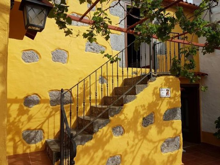 Townhouse in city Vega de San Mateo