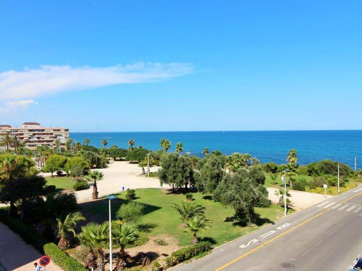 Apartment in city La Mata