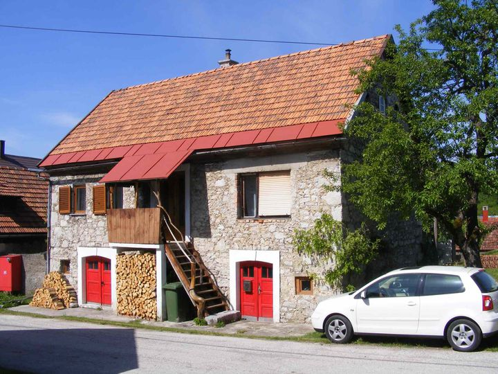 Semi-detached house in city Brod Moravice