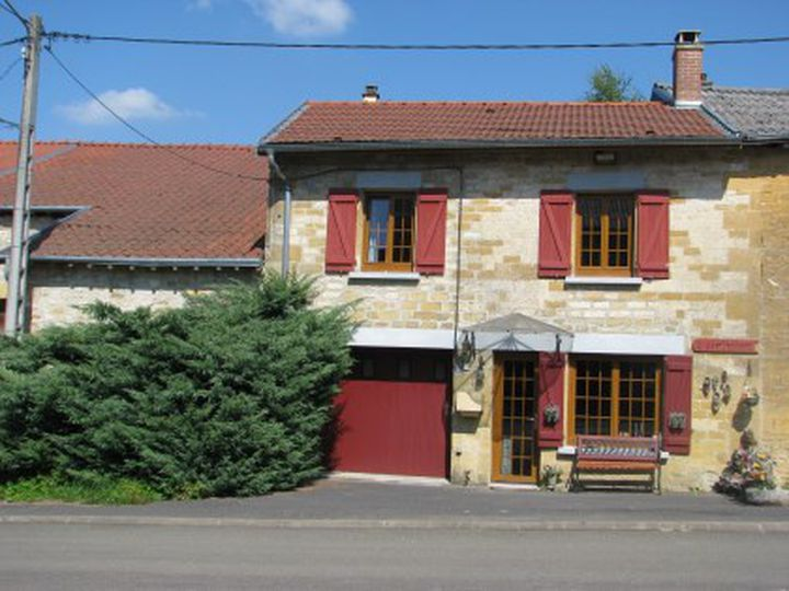 House in city Brieulles-sur-Bar
