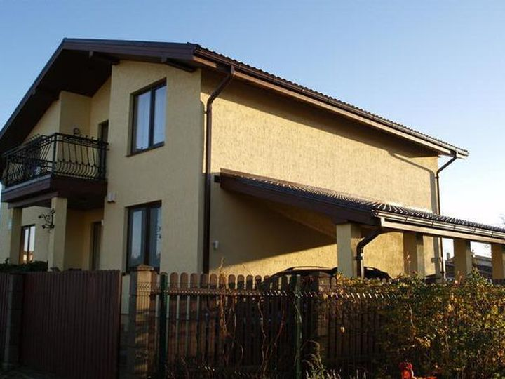 Detached house in city Carnikava