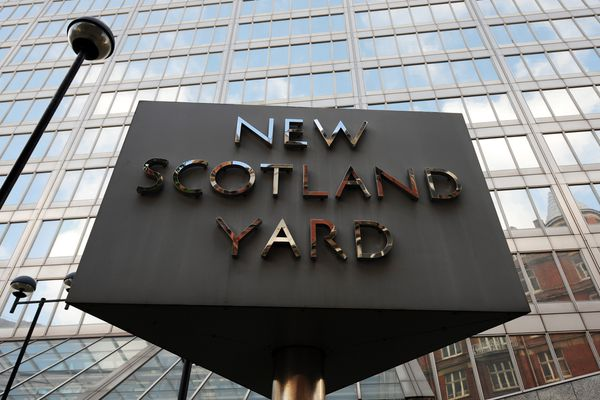 Arabs overpaid for Scotland Yard building in order to develop luxury housing