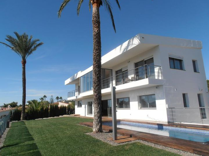Villa in city Altea