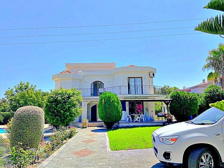 Villa in city Alsancak