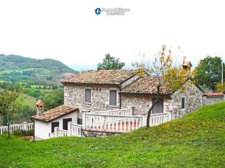 Cottage in city Bagnoli del Trigno