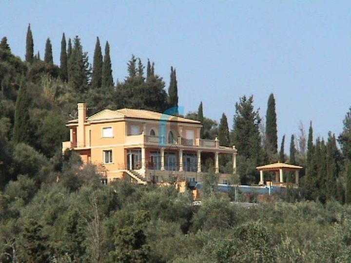 Villa in city Kerkyra