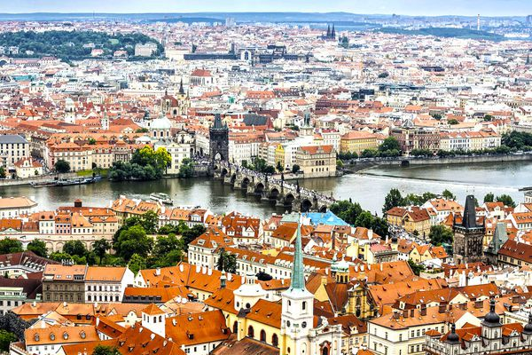 The Russians remain interested in residential real estate in the Czech Republic