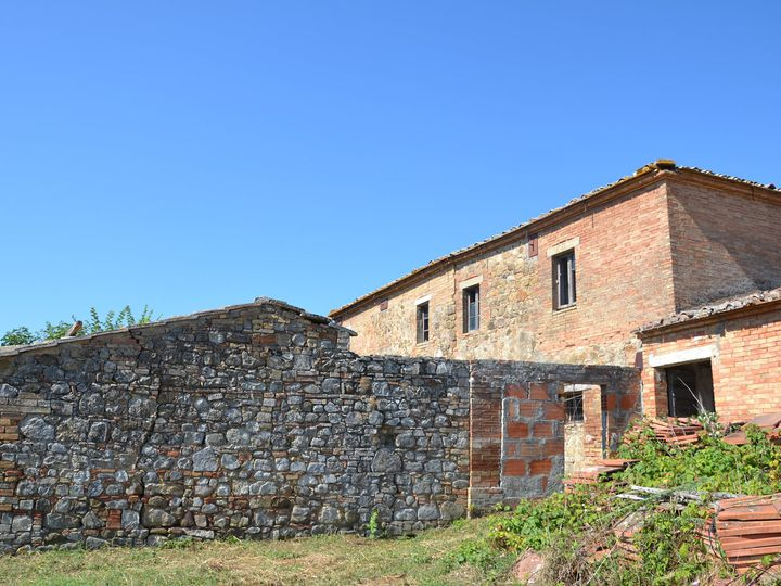 Farm in city San Quirico d'Orcia