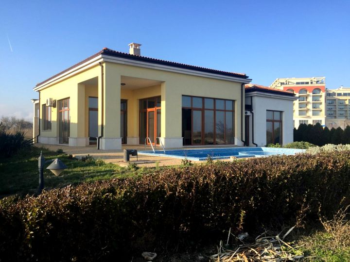 Villa in city Balchik