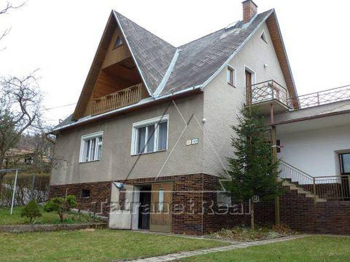 Detached house in city Prievidza