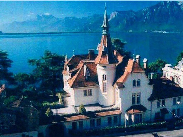 Castle in city Montreux
