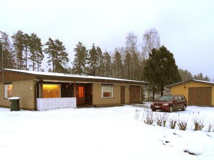 Detached house in city Jyvaskyla