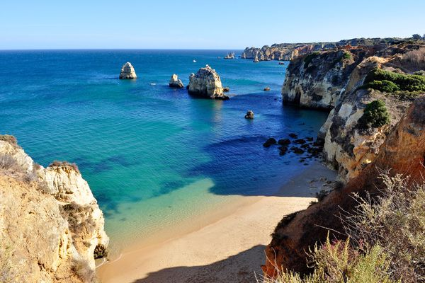 "Chinese citizens to actively get ""golden visas"" in Portugal"