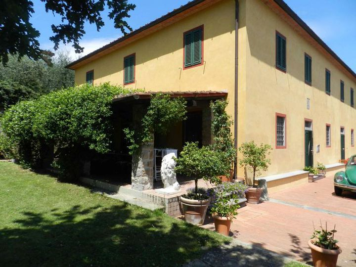Villa in city Pistoia