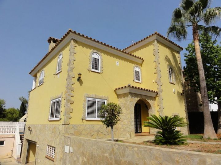 Detached house in city Marina d'Or