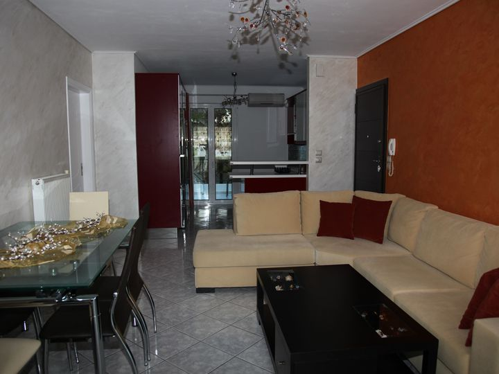Apartment in city Saronida