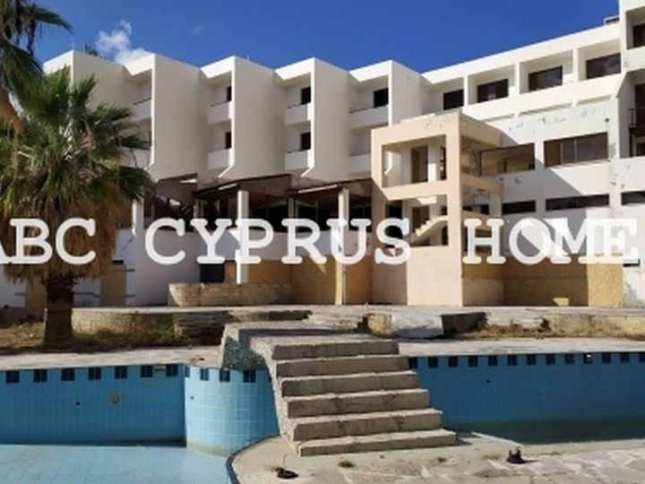 Hotel in city Paphos