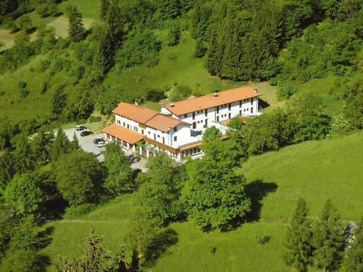 Hotel in city Iseo