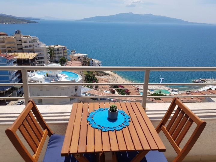 Penthouse in city Sarande