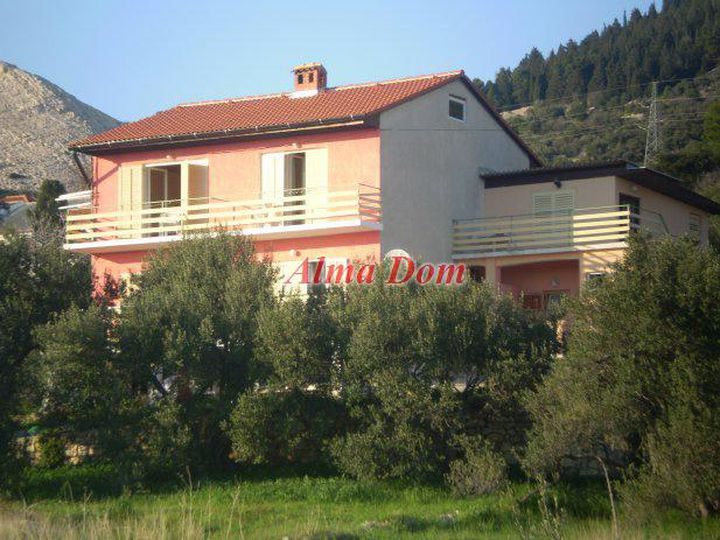 Detached house in city Rabac