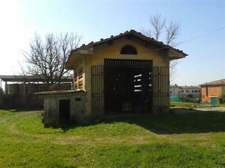 Detached house in city Capannori