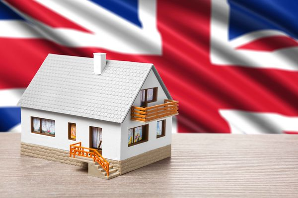 Rent or buy: a third of the British postpone the purchase of property